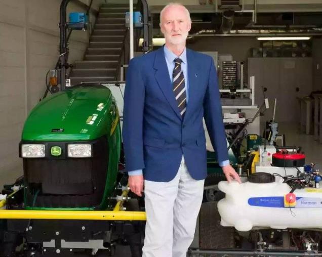农业机器人来了:制作花费大约 2000 英镑你会买单吗?